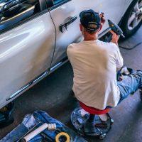 Jakie warunki powinien spełniać warsztat samochodowy?